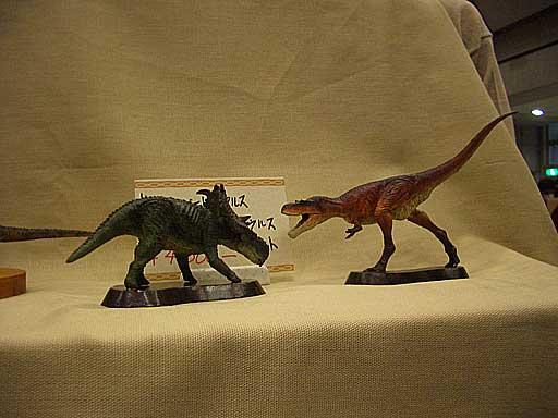 パキリノサウルスとアルバートサウルス写真